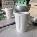 Tazza con scritta MV% Ceramic Deisign