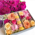 Scatola Sweets and Flowers di I Do Flowers a domicilio con cosaporto