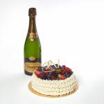 Box Celebrations Torta e Bollicine di Emporio Armani Caffè consegna a domicilio con Cosaporto