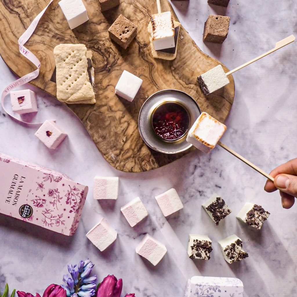 Deluxe Marshmallow and S'mores Hamper by La Maison Guimauve